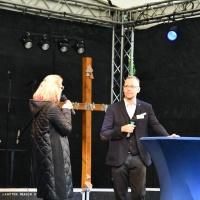 Stephan Schubert im Gespräch mit Daniela Pscheida-Überreiter, Leiterin des Bereichs Kinder- und Jugendpastoral © Elisabeth Meuser