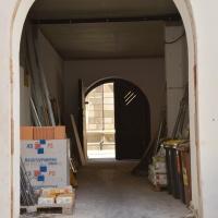 Über das Tor zur Schlossstraße betreten nach Fertigstellung alle Besucherinnen und Besucher das Haus. © Andreas Gäbler