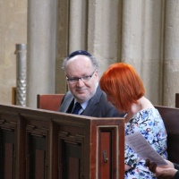 Der Vorsitzende der Jüdischen Gemeinde zu Dresden Michael Hurshell nahm ebenfalls mit seiner Frau am Gottesdienst teil. © Andreas Golinski