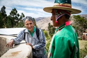 """Ricardo Crespo Torrico ist Agraringenieur und leitet die """"Pastoral de la tierra"""", ein Projekt für nachhaltige Landwirtschaft in der Gemeinde Tapacari in der Nähe von Cochabamba. © Foto: Steffen/Adveniat"""